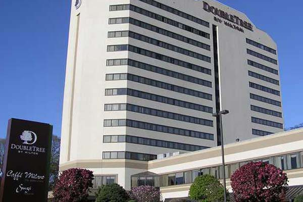 DoubleTree by Hilton Fort Lee